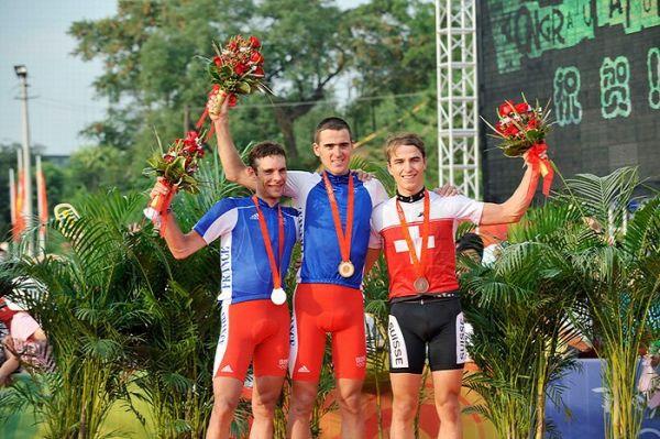 Olympijské hry 2008 - Peking - 1. Absalon, 2. Peraud, 3. Schurter, foto: Rob Jones