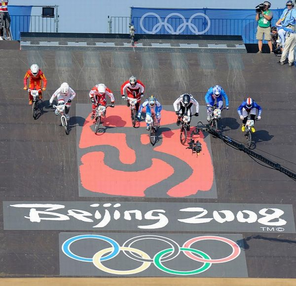 BMX - Olympijské hry - Peking 2008 - semifinále žen , foto: Rob Jones/Canadiancyclist.com