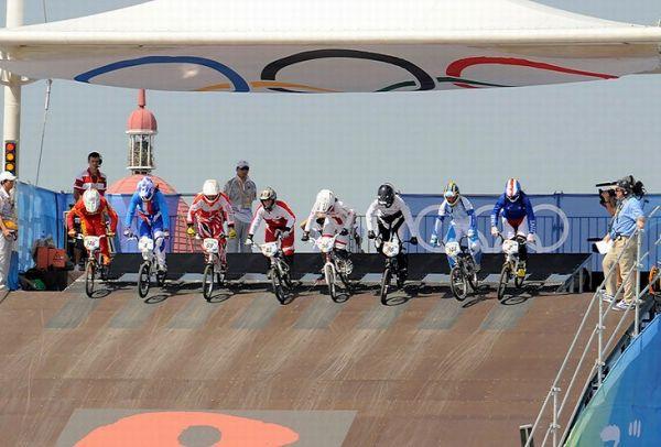 BMX - Olympijské hry - Peking 2008 - semifinále žen, foto: Rob Jones/Canadiancyclist.com