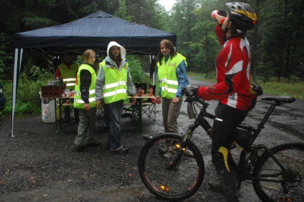 ČP XCM #5 2008 - Giant eXtreme Bike Brdy: občerstvovací stanice