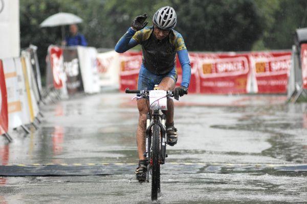 ČP XCM #5 2008 - Giant eXtreme Bike Brdy: Jan Hruška vítězí v čase pod čtyři hodiny!