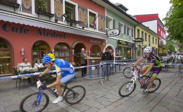 Nissan UCI MTB World Cup XC #9 - Schladming 14.9. 2008 - .... a restaurací