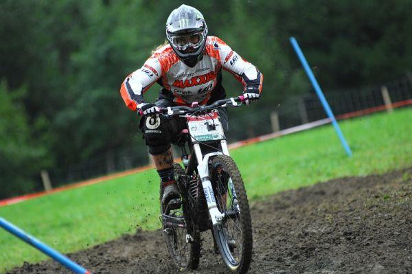 SP DH #7 Schladming 2008 - Sabrina Jonier