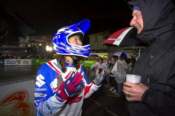 Nissan UCI MTB World Cup 4X #7 - Schladming, 12.9. 2008  - Jana Horáková sděluje první dojmy z bronzu Dlouhánovi