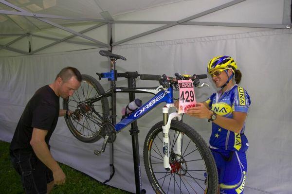 Rock Machine XC Cup #5 - Kuřim 6.9. 2008 - Kóža ladí Katčin bike