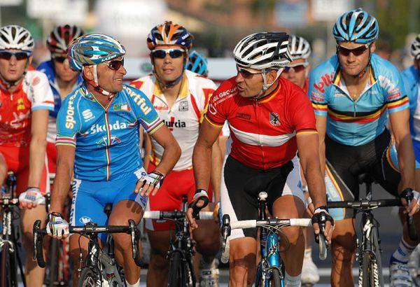 Mistrovství světa na silnici 2008, Varese/ITA - Bettini a Zabel v družném hovoru, foto: Frank Bodenmüller/MTBSector.com