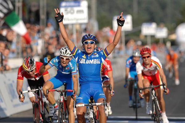 Mistrovství světa na silnici 2008, Varese/ITA - Columbijec Fabio Duarte vítězí v kategorii U23, foto: Frank Bodenmüller/MTBSector.com