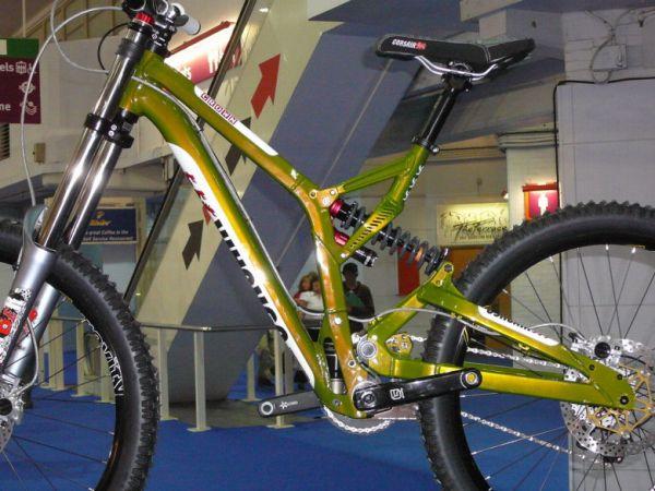 Cycle Show London 2008 - Corsair Crown, foto: Petr Slavík