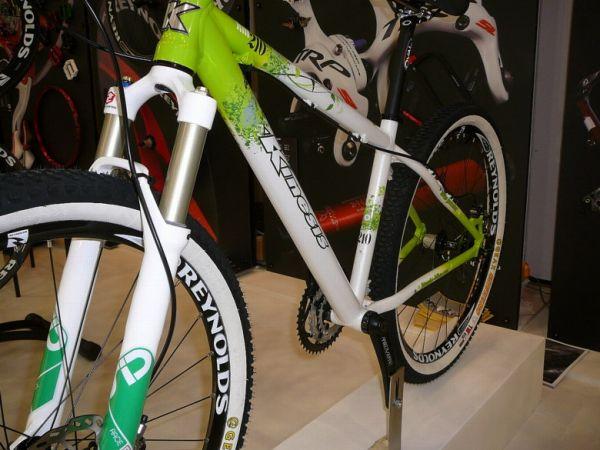 Cycle Show London 2008 - anglická značka Kinesis se specializuje pouze na pevné rámy, foto: Petr Slavík