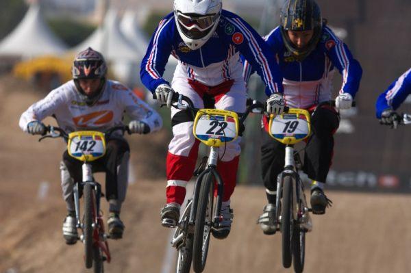 Roc d'Azur 2008 - Frejus/FRA - Laetitia Le Corguillé vyhrála s přehledem závod žen