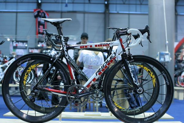 Sport Life, Brno 6.-9.11. 2008 - Jeden z nejdražších modelů na Sport Life - Ridley Helium s celokarbonovými koly Lightweight