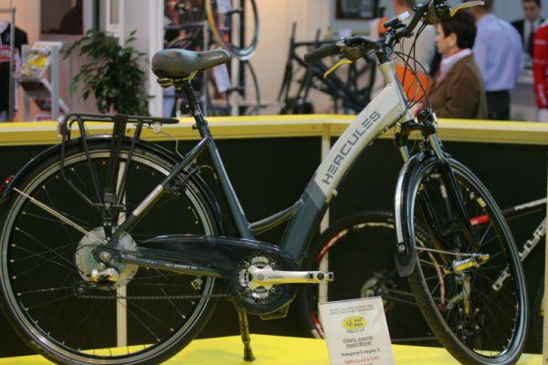Sport Life, Brno 6.-9.11. 2008 - oceněné e-kolo Hercules s baterií integrovanou do rámu
