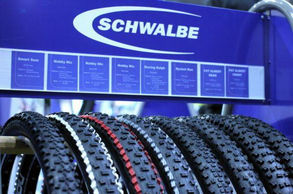Sport Life, Brno 6.-9.11. 2008 - barevně poladěný Schwalbe Nobby Nic