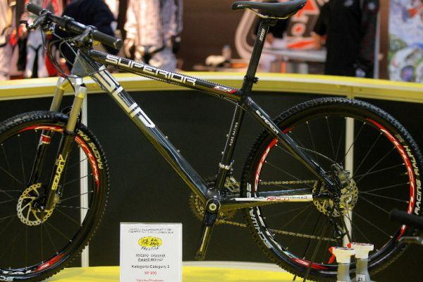 Sport Life 2008, předání cen Bike Brno Prestige, 6. 11. Brno - Superior XP 950 - vítěz v kategorii Vyváženost výrobku z pohledu designu, kvality a ceny
