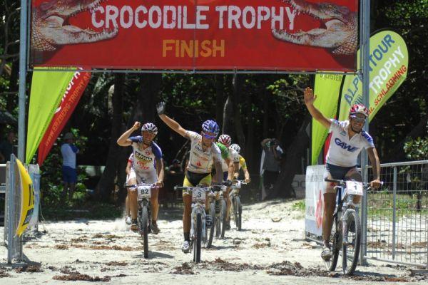 Crocodile Trophy 2008 - 10.etapa: cíl poslední etapy
