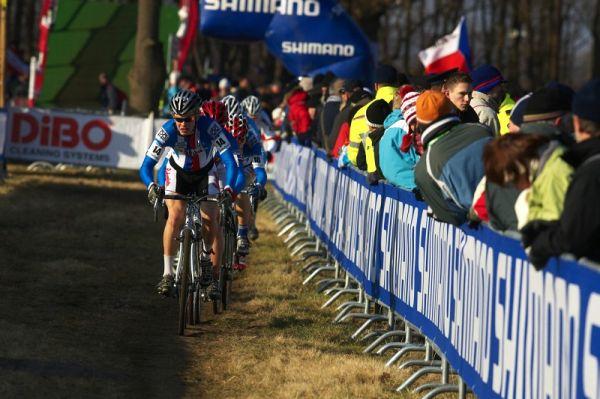 Mistrovství světa Cyklokros, Hoogerheide/NIZ - 31.1. 2009 - Radek Polnický vede vláček juniorů