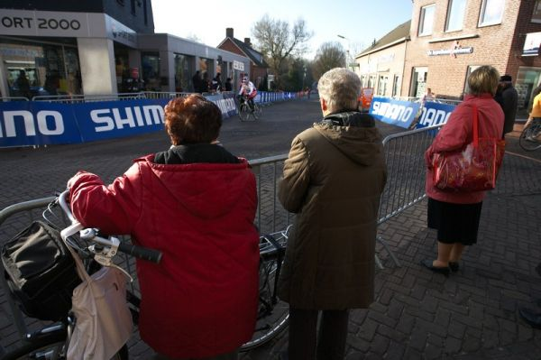 Mistrovstv� sv�ta Cyklokros, Hoogerheide/NIZ - 30.1. 2009 - tr�nink nep�itahoval jen �kol�ky....