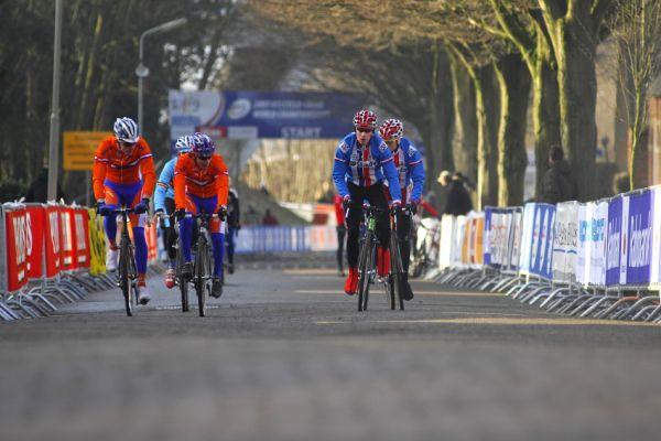MS Cyklokros 2009 Hoogerheide /NED/ - pátek: startovní rovinka