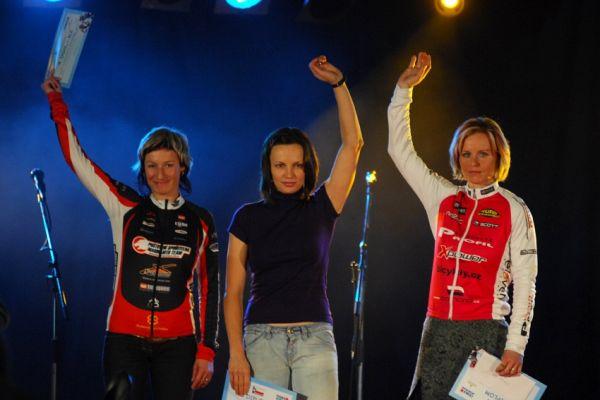 Finálový večer KPŽ '08: nejlepší ženy poháru: 1. Ilona Bublová, 2. Bára Radová, 3. Alena Krnáčová