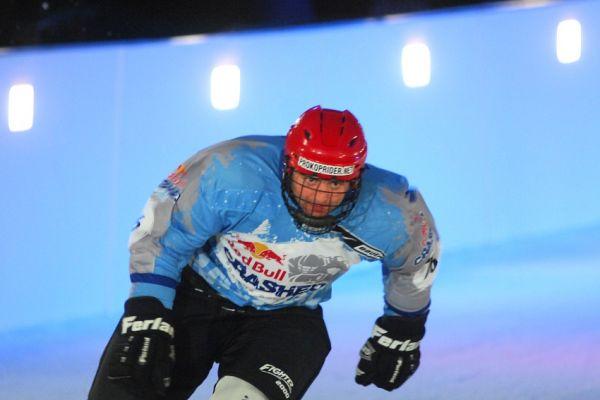 Red Bull Crashed Ice 2009 - Praha Vy�ehrad: Michal Prokop v p�te�n� kvalifikaci