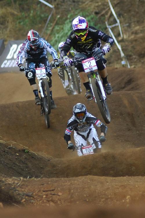 SP 4X #1 2009 - Pietermaritzburg /RSA/: Michal Prokop postupoval z prvních míst