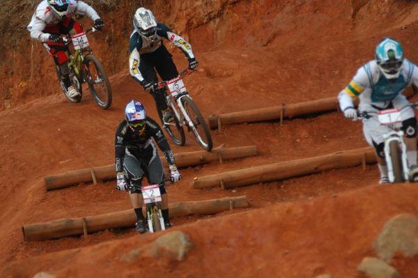 SP 4X #1 2009 - Pietermaritzburg /RSA/: mužské finále - první Graves, druhý Prokop