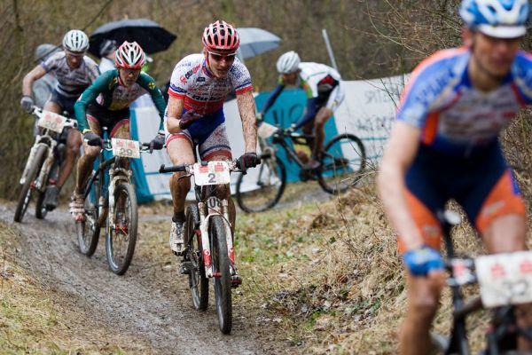 Kamptal-Klassik-Trophy, Langenlois /AUT/ - Jaroslav Kulhavý na trati dlouho nepobyl, 29.3. 2009, foto: Miloš Lubas