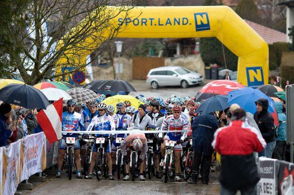 Kamptal-Klassik-Trophy, Langenlois /AUT/ - před startem, 29.3. 2009, foto: Miloš Lubas