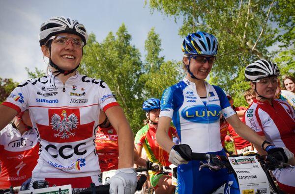 Maja Wloszczowska MTB Race - Jelenia Góra 9.5. 2009 - na startu bylo ještě veselo...