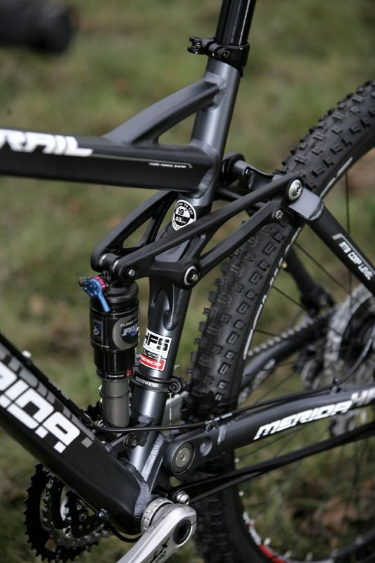Merida Trans Mission HFS 3000-D preview