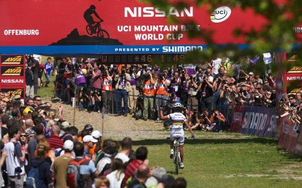 Nissan UCI World Cup #2 Offenburg /GER/ 25.4.2009, Marga Fullana sklidila snad ještě větší ovace než vítězka