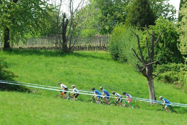 Nissan UCI World Cup #2 Offenburg /GER/ 25.4.2009: vedoucí skupina