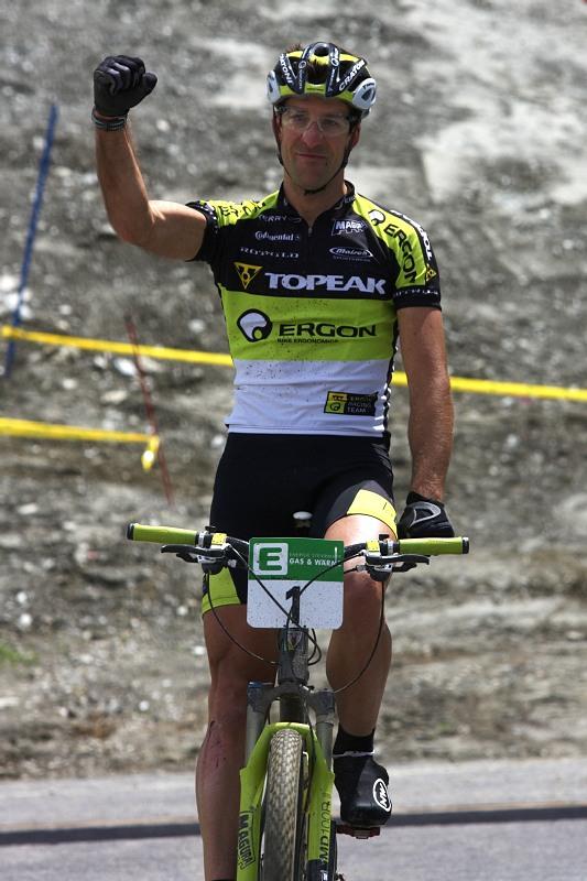 Alpentour Trophy, Schladming /AUT/ - 1. etapa, 29.5. 2009 - Alban Lakata a první výhra