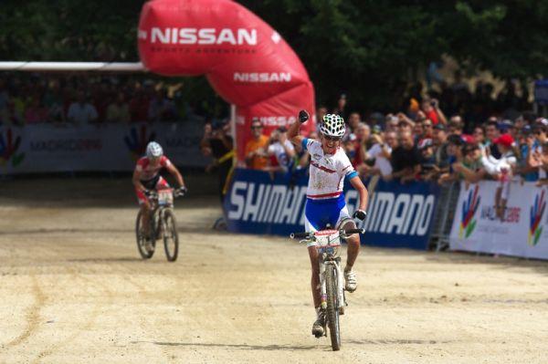 Nissan UCI MTB World Cup XC #4 - Madrid 24.5. 2009 - víceméně stejný cílový obrázek jako vloni, jen Dahle letos vystřída Fullana