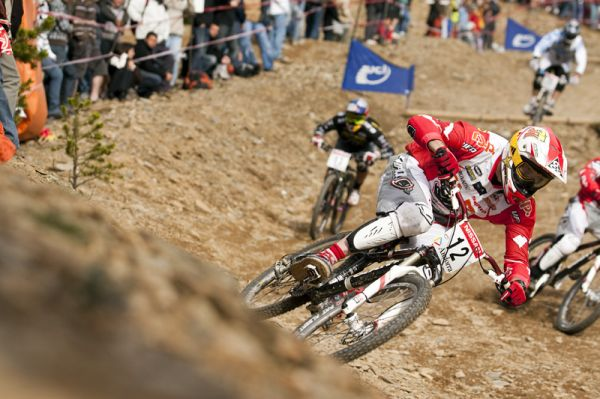 Nissan UCI World Cup 4X & DH Andora - Vallnord 2009: Joost Wichman /foto: Gary Perkin/