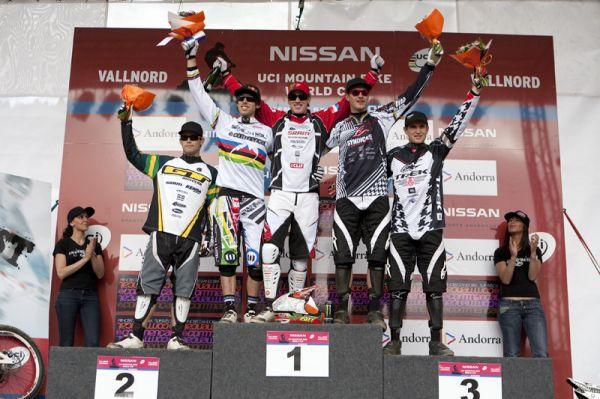 Nissan UCI World Cup 4X & DH Andora - Vallnord 2009: 1. Peat, 2. Atherton, 3. Minnaar /foto: Gary Perkin/
