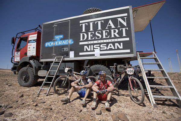 Nissan Desert Race 2009  Janov� Kub��ek a Kopka