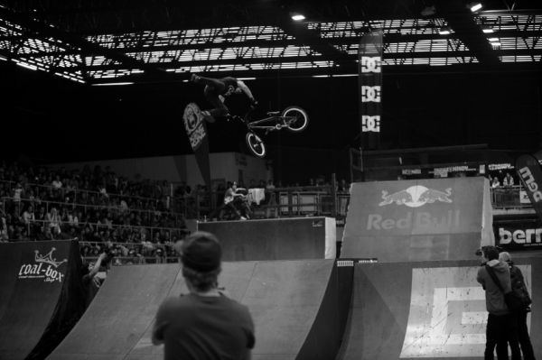 Bike Hall Contest 2009 - Michael Beran: 360 triple tailwhip