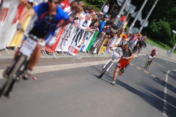 ČP MTB XC #4 2009 - Teplice: Tomáš Paprstka dobíhá na pátý