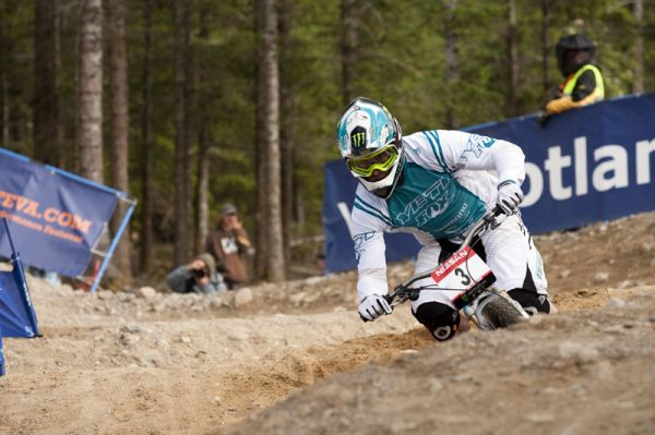 Nissan UCI World Cup DH & 4X #4 - Fort William /GBR/ 2009: Jared Graves (photo: Gary Perkin)