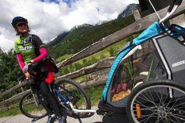 Alpentour Trophy, Schladming /AUT/ - 3. etapa 31.5. 2009 - nejmladší člen MTBS odpočívá během závodu