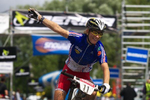 Mistrovství Evropy MTB XC 2009 - Zoetermeer /NED/ - juniorky & junioři: Pauline Ferrand Prevot vítězí