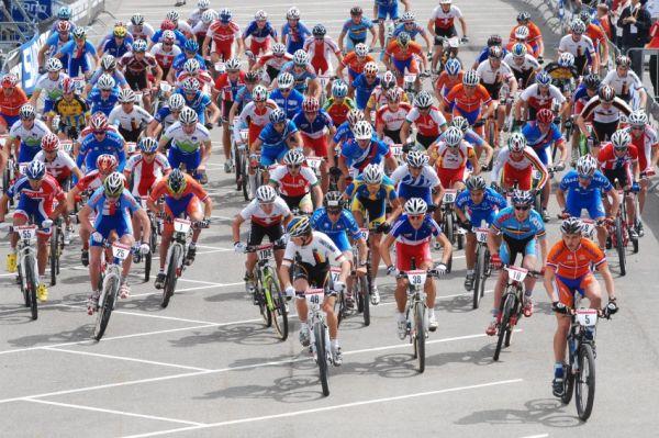 Mistrovství Evropy MTB XC 2009 - Zoetermeer /NED/ - juniorky & junioři: start juniorů