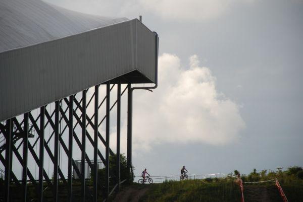 Mistrovství Evropy MTB XC 2009 - Zoetermeer /NED/ - týmové štafety: lyžařská hala v Zoetermeeru