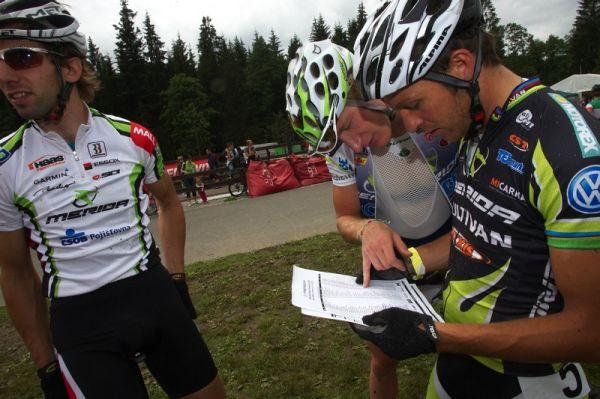 Merida Bike Vysočina 2009 - sprint - Näf, Corti a Hanus zjišťují výsledky kvalifikace
