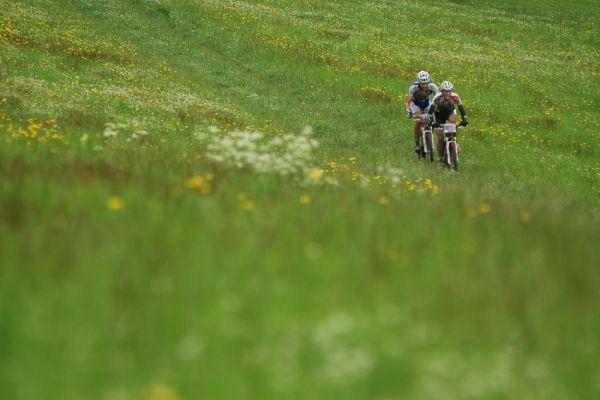 Merida Bike Vysočina 2009 - maraton: Jobánek a Hakl na čele
