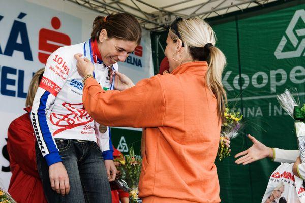 KPŽ 2009 Olomoucká 50 Petra Kottová právě rozšířila sbírku svých medailí