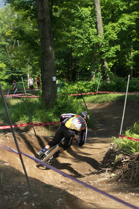 Nissan UCI MTB World Cup 4X/DH #7 - Bromont 1.8. 2009 - prost�edn� ��st s klopenkami
