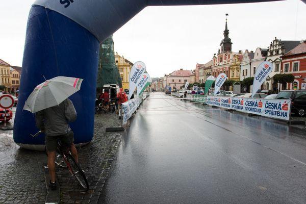 KPŽ Manitou Železné hory 2009 - 7:45h na start dlouhé se nikomu nechce