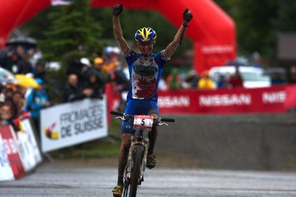 Nissan UCI MTB World Cup XC #5 - Mont St. Anne /KAN/ 26.7.2009 - Catherine Pendrel vítězí